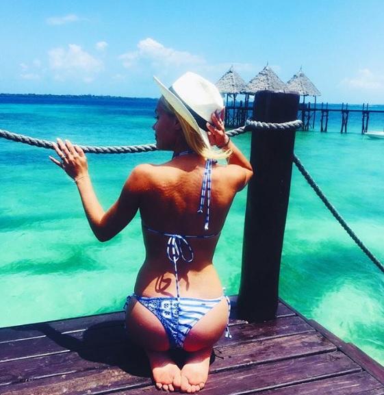 ania na egzotycznych wakacjach