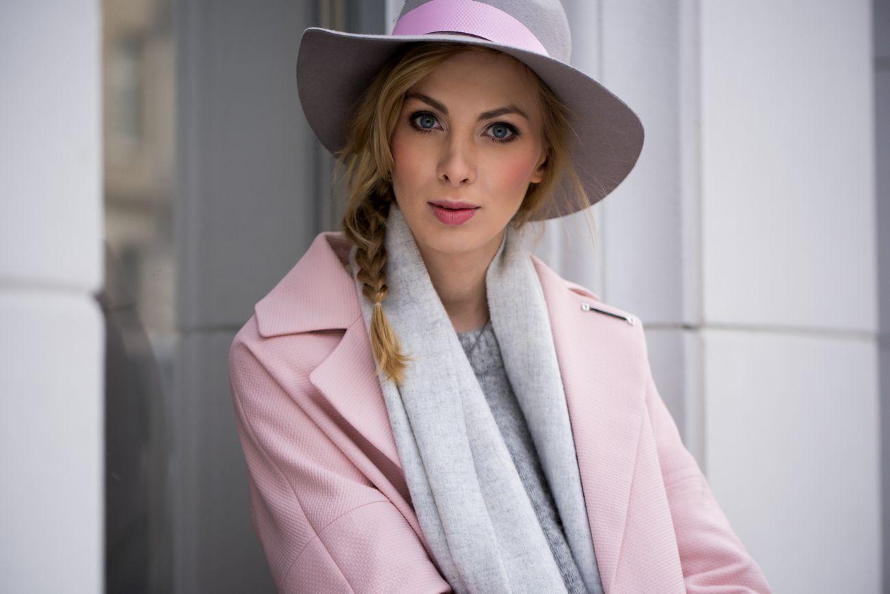 charlize mystery i kapelusze hathat