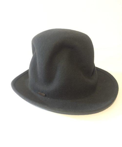 kapelusz pharella produkt