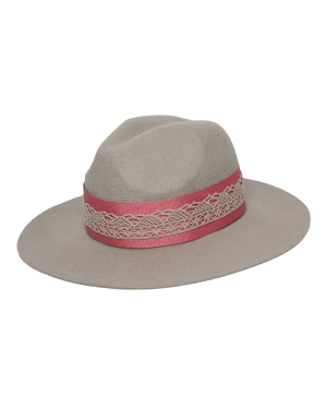 kapelusz indy z koronką na pasku 2