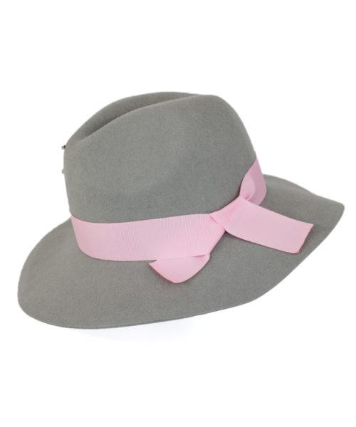 kapelusz indy wiązany wstążką