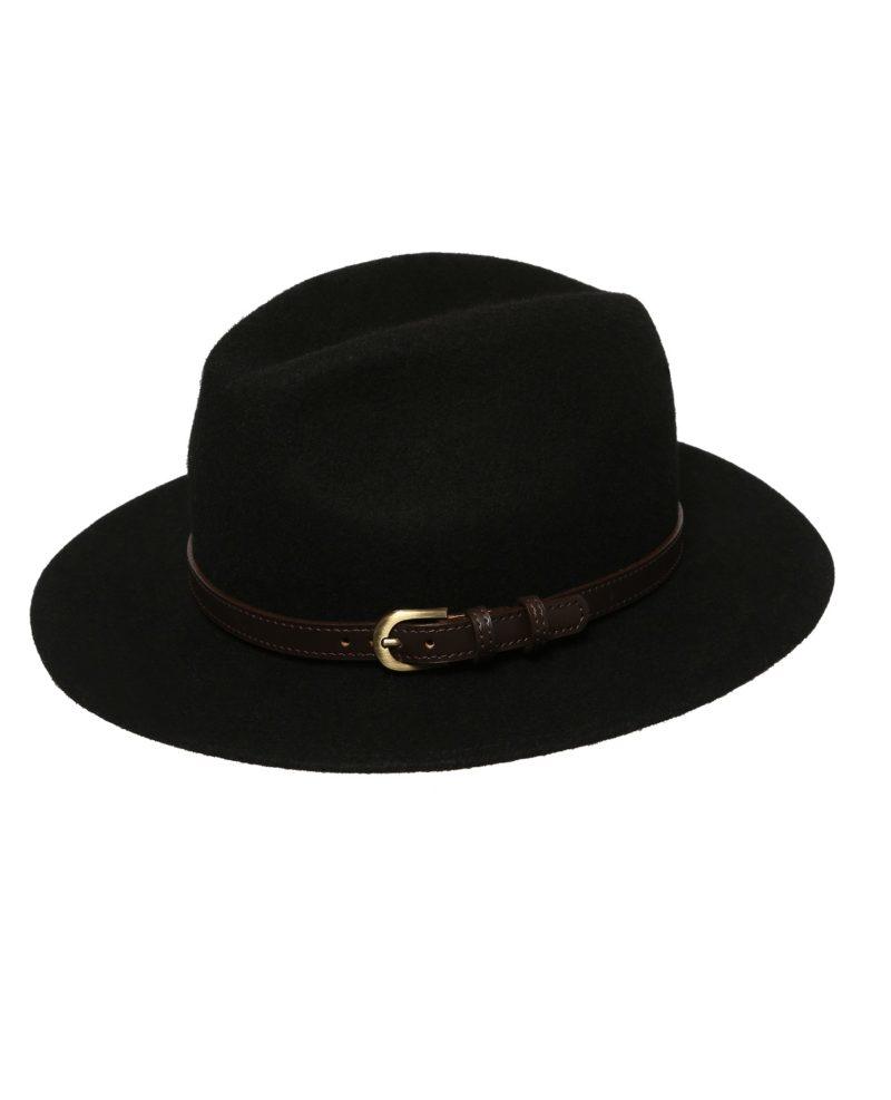 czarny kapelusz fedora z paskiem
