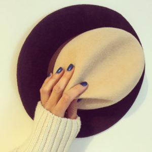 trójkolorowy kapelusz