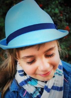 kapelusz dziecięcy mini niebieski 2