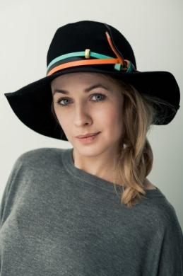 kapelusz indy etno czarny kolorowy pasek