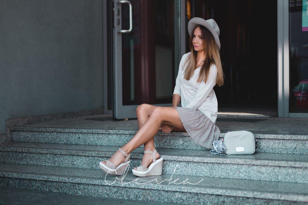 kapelusze w dziewczęcej stylizacji 2