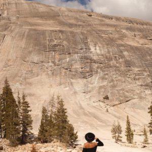 folkowe kapelusze i góry