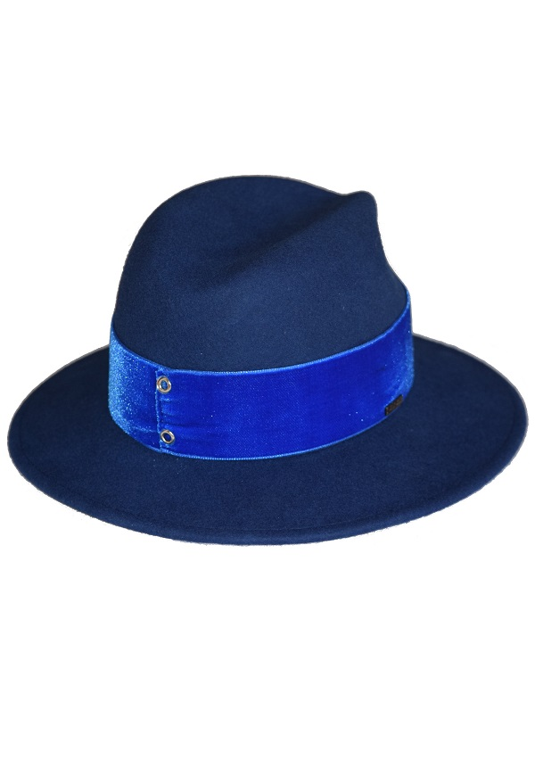 niebieski morski kolor kapelusza