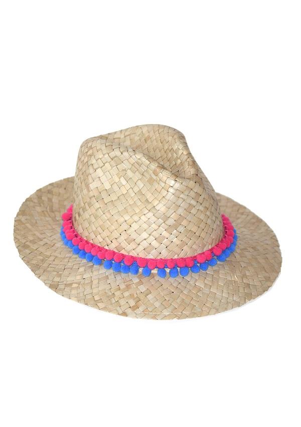 kapelusze letnie zdobione koralikami w miejsce paska