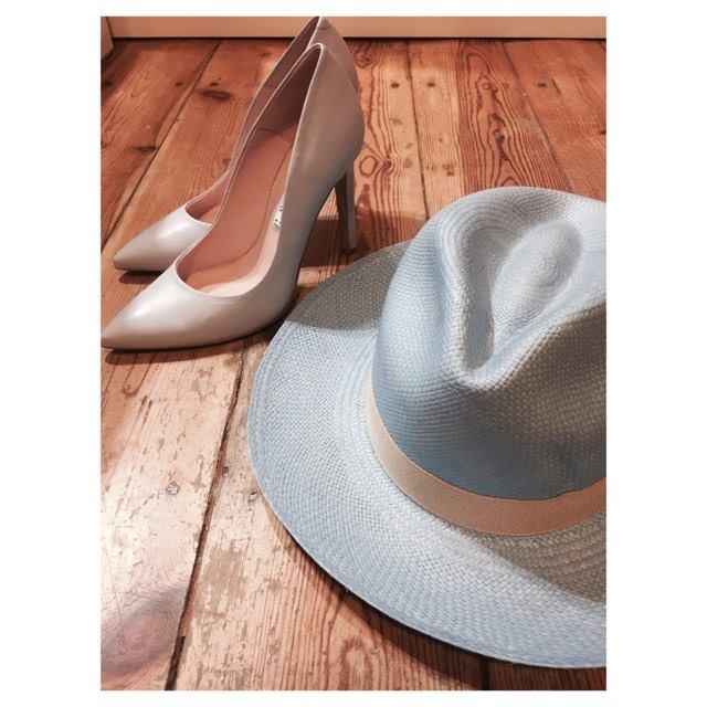 kapelusze i szpilki markowy komplet